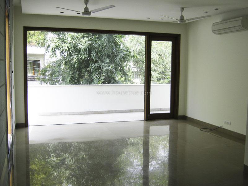 Unfurnished-Apartment-Hauz-Khas-Enclave-New-Delhi-17521