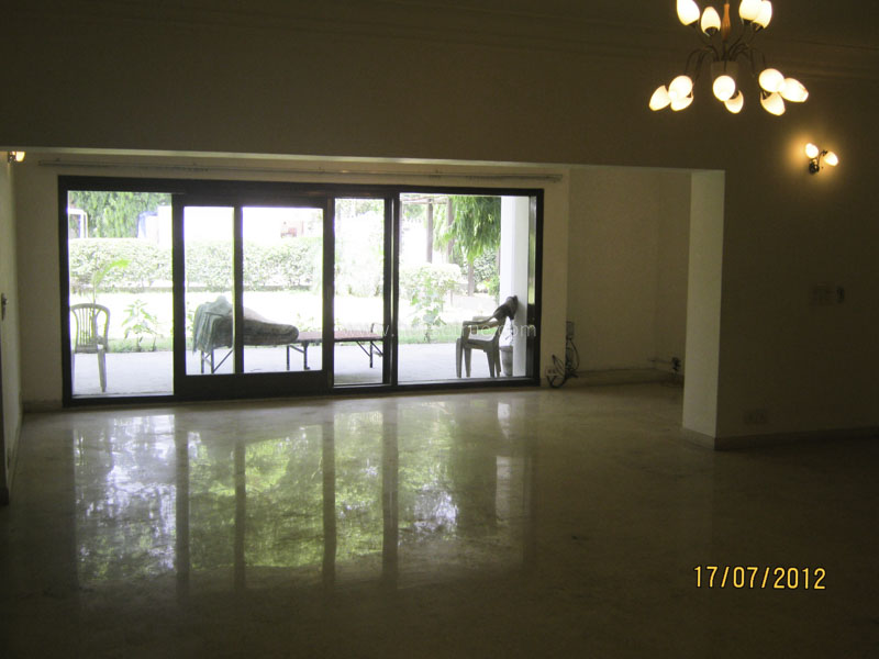 Unfurnished-House-Hauz-Khas-New-Delhi-17526