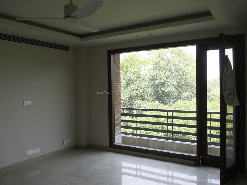 Partially Furnished-Apartment-Hauz-Khas-Enclave-New-Delhi-17705