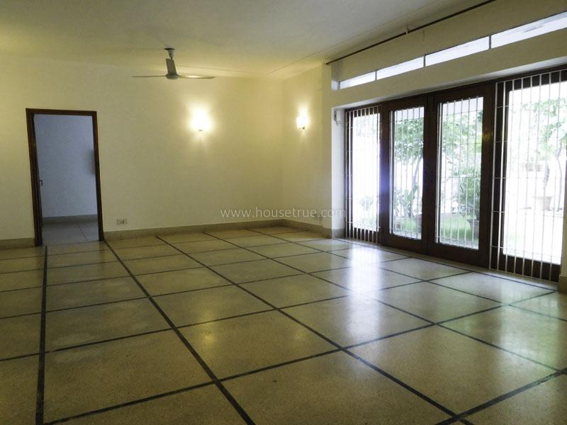 Unfurnished-Apartment-Hauz-Khas-Enclave-New-Delhi-17710