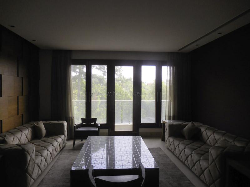 Fully Furnished-Apartment-Hauz-Khas-Enclave-New-Delhi-17731