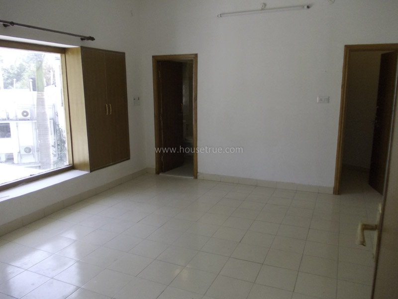 Unfurnished-Apartment-Jor-Bagh-New-Delhi-18088
