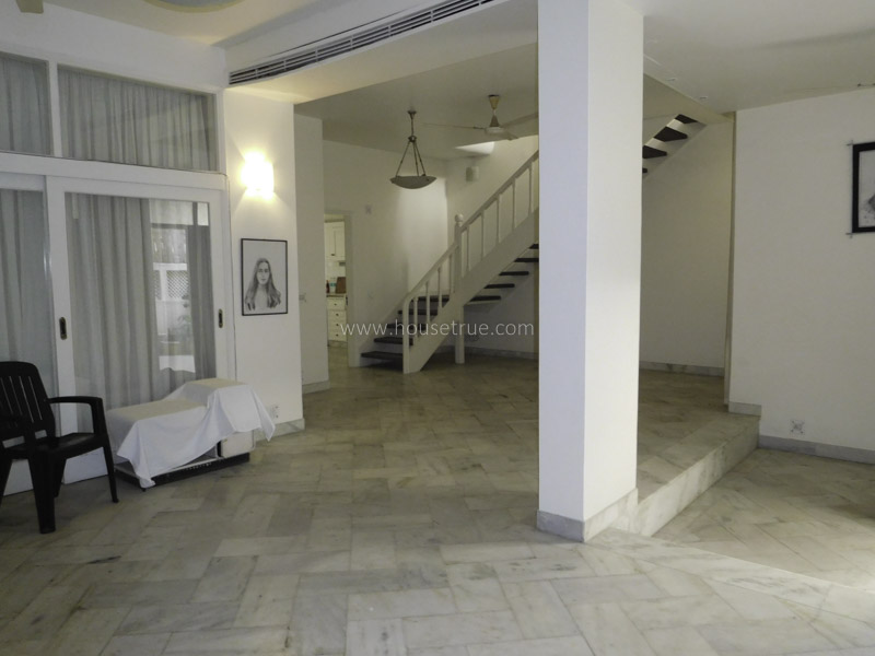 Unfurnished-House-Maharani-Bagh-New-Delhi-18435