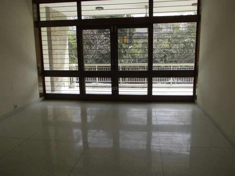 Fully Furnished-Apartment-Maharani-Bagh-New-Delhi-18470