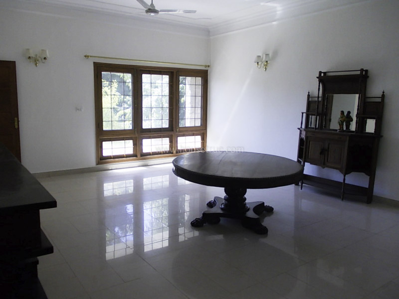Unfurnished-Apartment-Nizamuddin-East-New-Delhi-19232