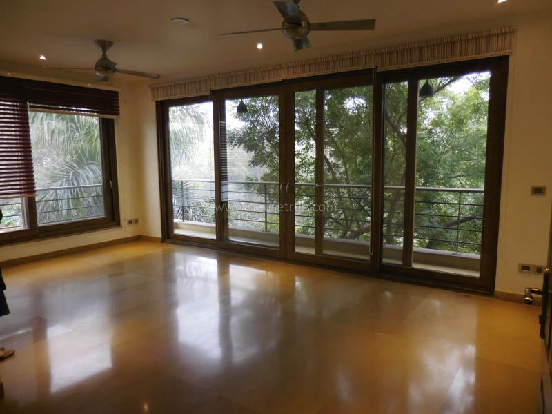 Living Room-Partially Furnished-Apartment-Nizamuddin-East-New-Delhi-19330