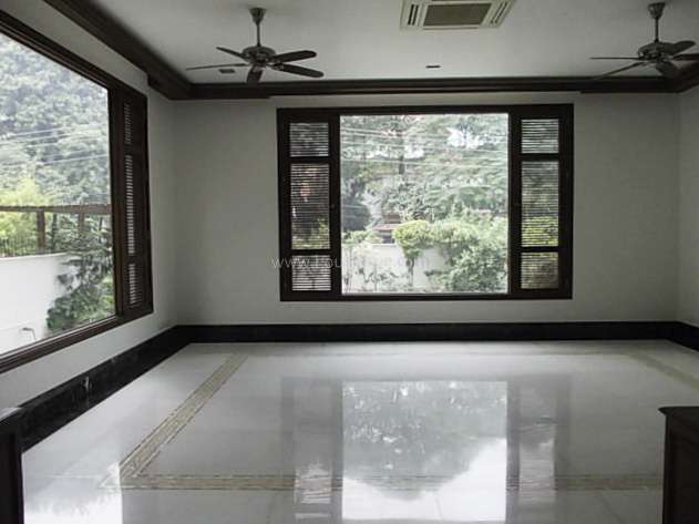 Partially Furnished-House-Panchsheel-Park-New-Delhi-19778