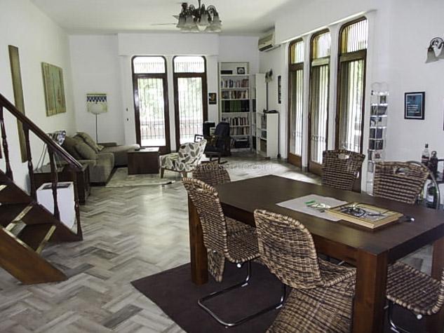 Partially Furnished-Apartment-Prithviraj-Road-New-Delhi-19934