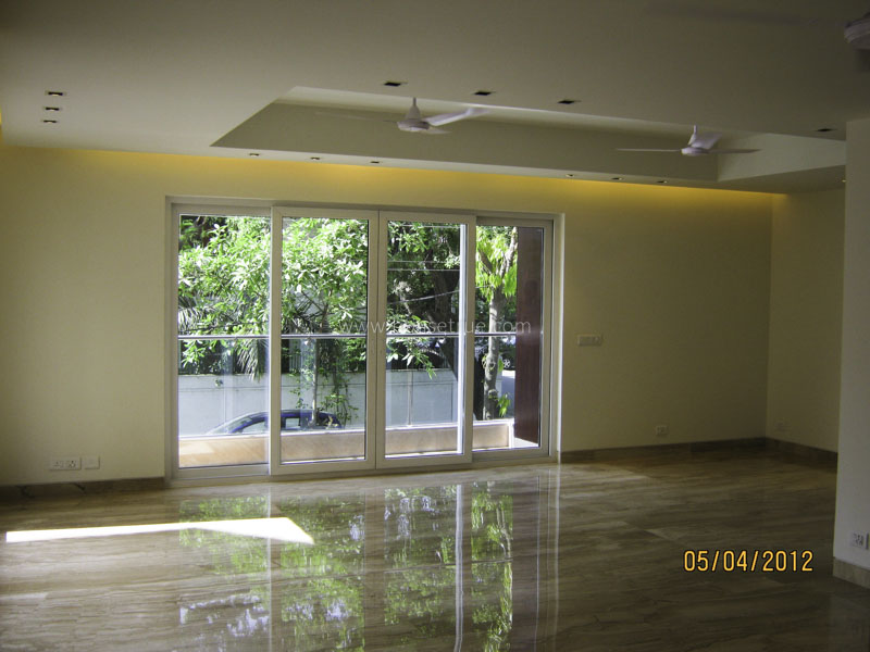 Unfurnished-Apartment-Safdarjung-Development-Area-New-Delhi-20035
