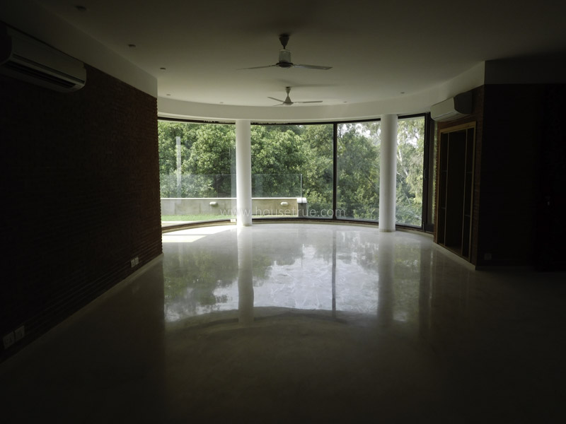 Unfurnished-Apartment-Safdarjung-Development-Area-New-Delhi-20136