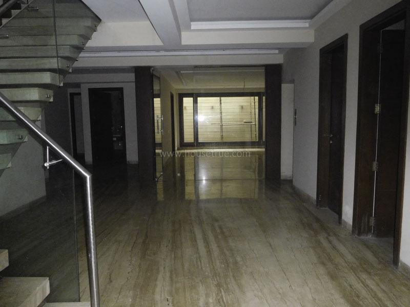 Unfurnished-Apartment-Shanti-Niketan-New-Delhi-21111