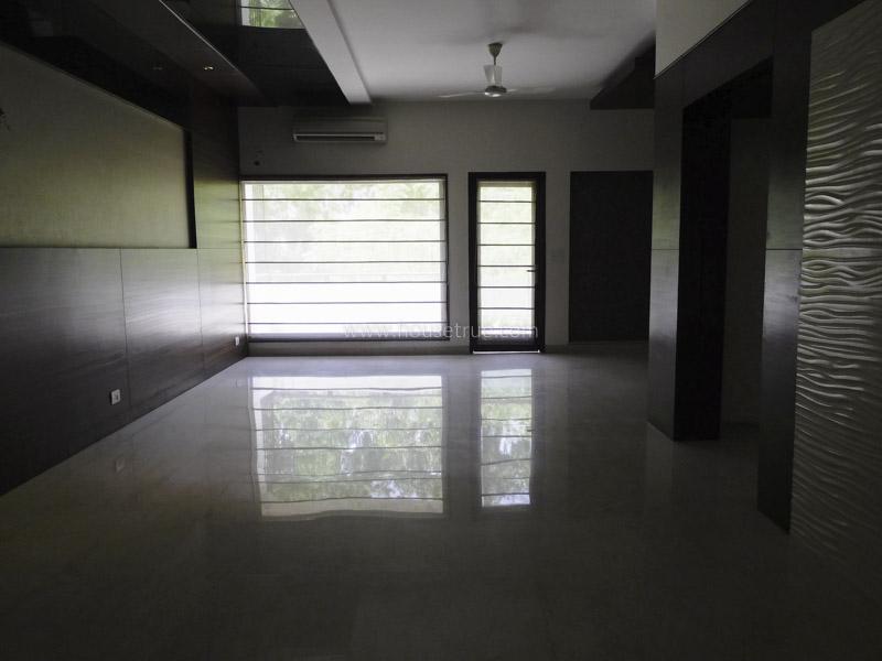Unfurnished-Apartment-Shanti-Niketan-New-Delhi-21248