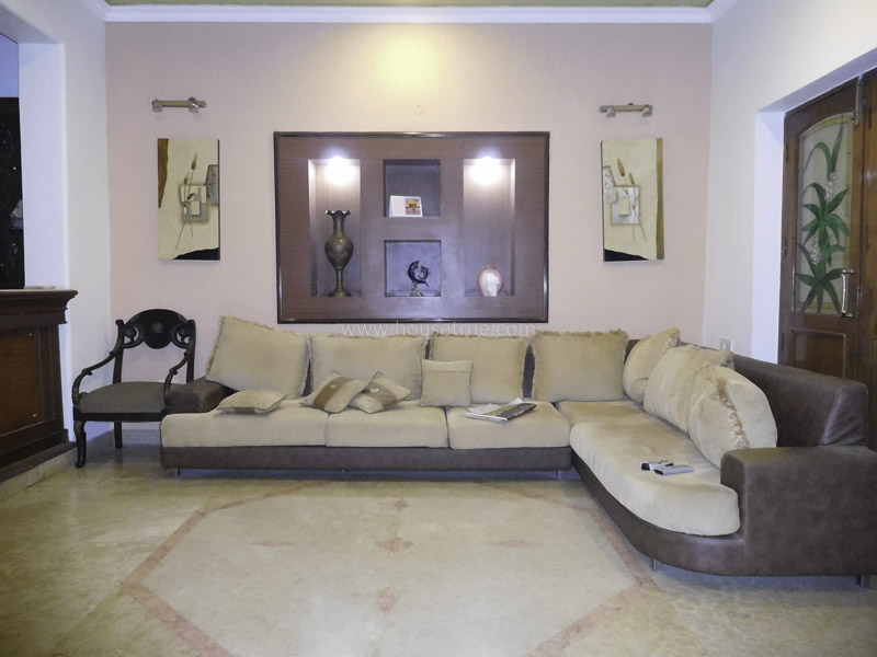 Fully Furnished-Apartment-South-Extension-2-New-Delhi-21609