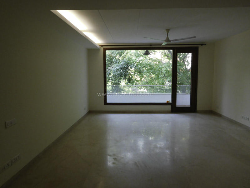 Unfurnished-Apartment-South-Extension-2-New-Delhi-21632