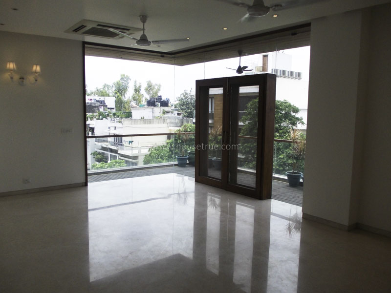 Unfurnished-Apartment-South-Extension-2-New-Delhi-21640