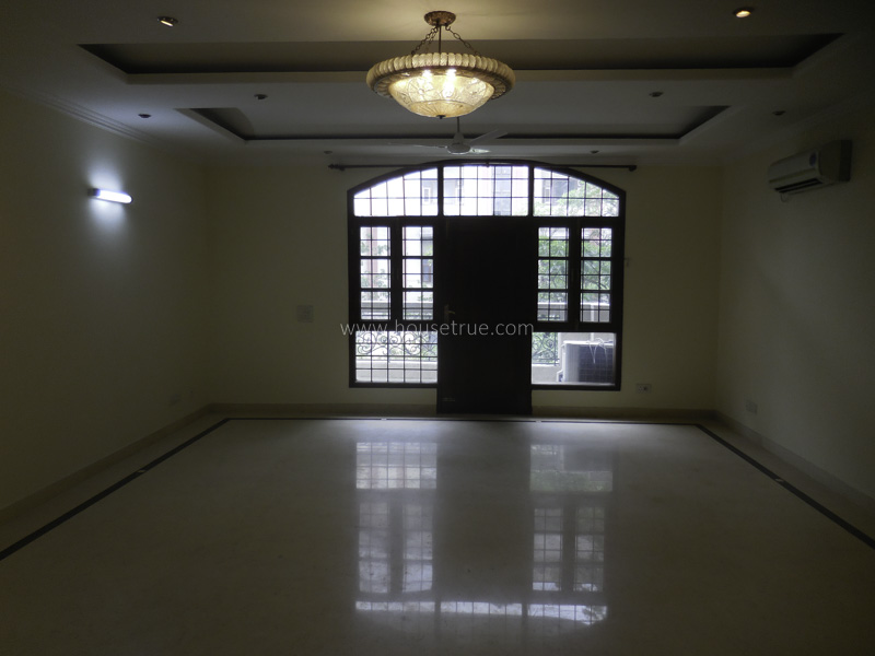 Partially Furnished-Apartment-Sukhdev-Vihar-New-Delhi-21719