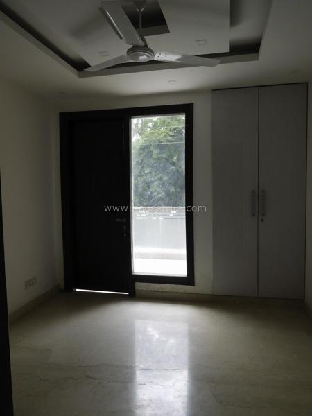 Bedroom-Unfurnished-Apartment-Safdarjung-Enclave-New-Delhi-22048