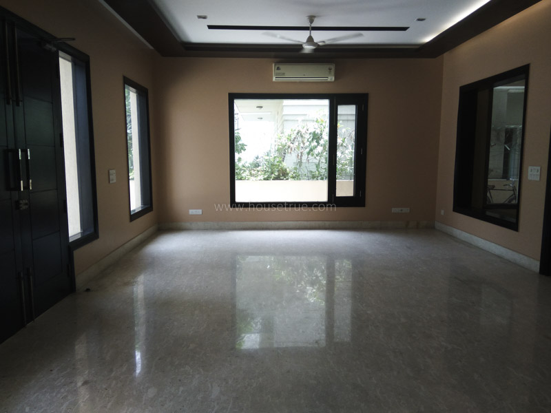 Partially Furnished-House-Dlf-Chattarpur-Farms-New-Delhi-22265