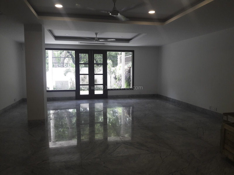 Unfurnished-Apartment-May-Fair-Garden-New-Delhi-22397