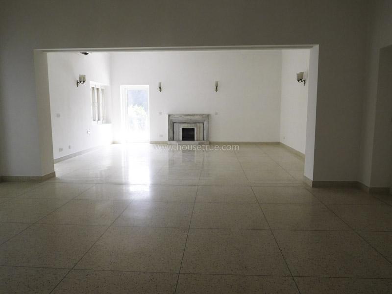 Unfurnished-Apartment-Shanti-Niketan-New-Delhi-22653