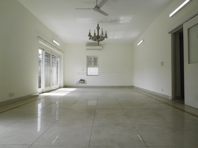 Partially Furnished-Apartment-Safdarjung-Enclave-New-Delhi-22724