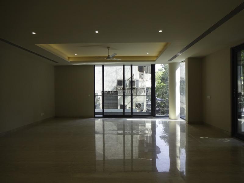 Unfurnished-Apartment-Panchsheel-Park-New-Delhi-22869
