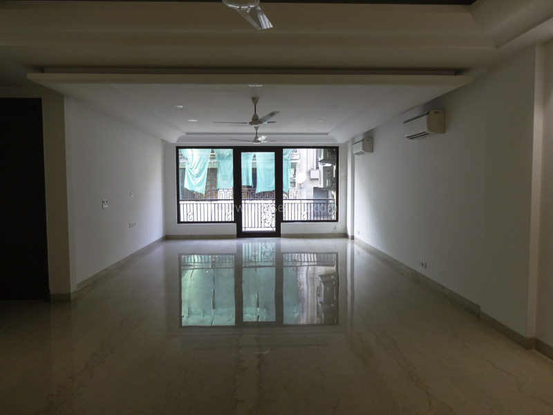 Unfurnished-Apartment-Maharani-Bagh-New-Delhi-23092