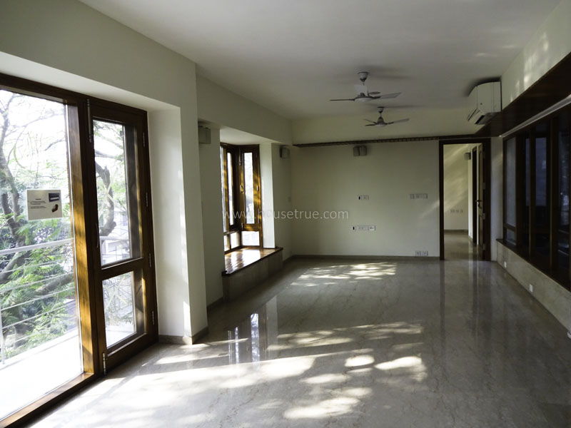 Unfurnished-Apartment-Defence-Colony-New-Delhi-23160