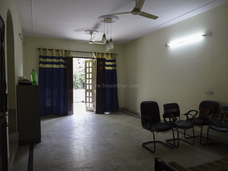 Unfurnished-Apartment-Defence-Colony-New-Delhi-23372