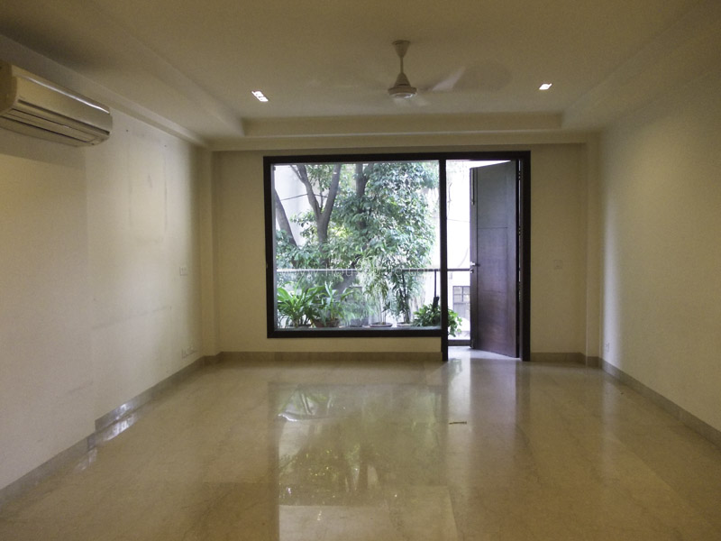 Unfurnished-Apartment-South-Extension-2-New-Delhi-23410