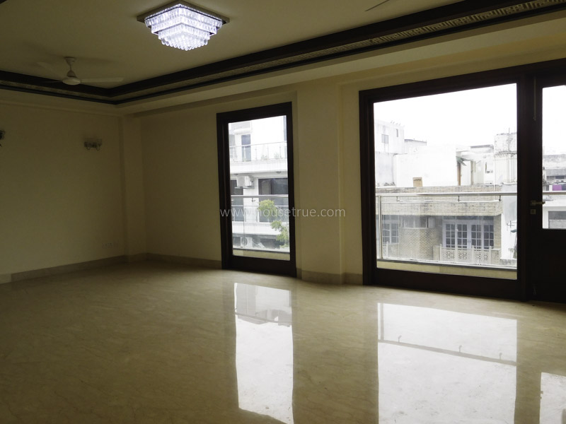 Partially Furnished-Apartment-Safdarjung-Enclave-New-Delhi-23494