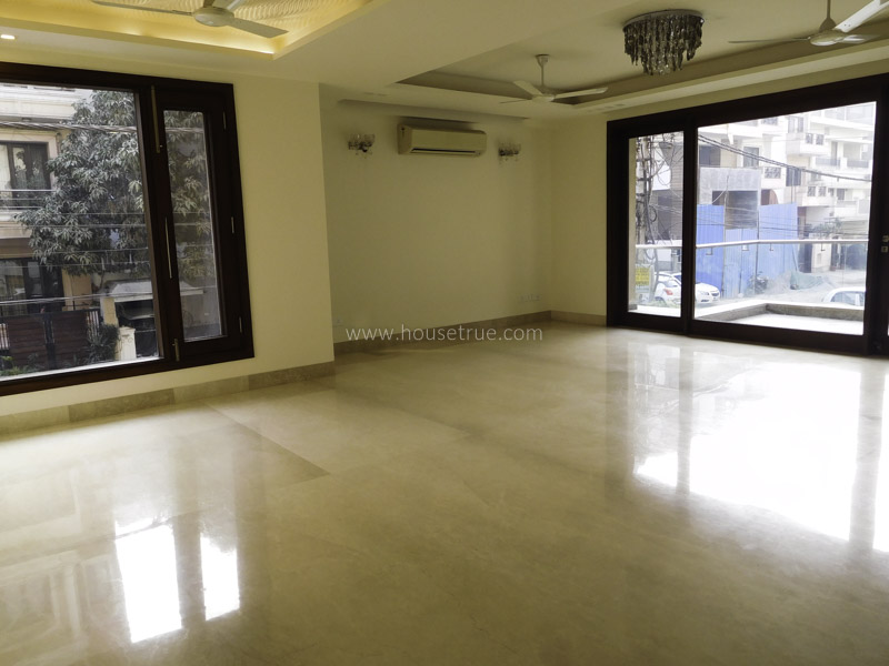 Partially Furnished-Apartment-Safdarjung-Enclave-New-Delhi-23495