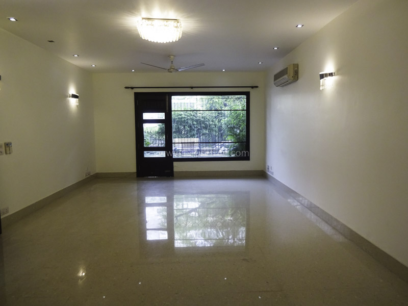 Unfurnished-House-West-End-Colony-New-Delhi-23896