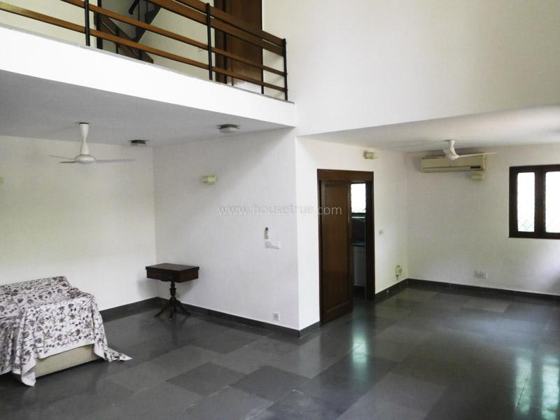 Unfurnished-Triplex Apartment-Vasant-Vihar-New-Delhi-23993