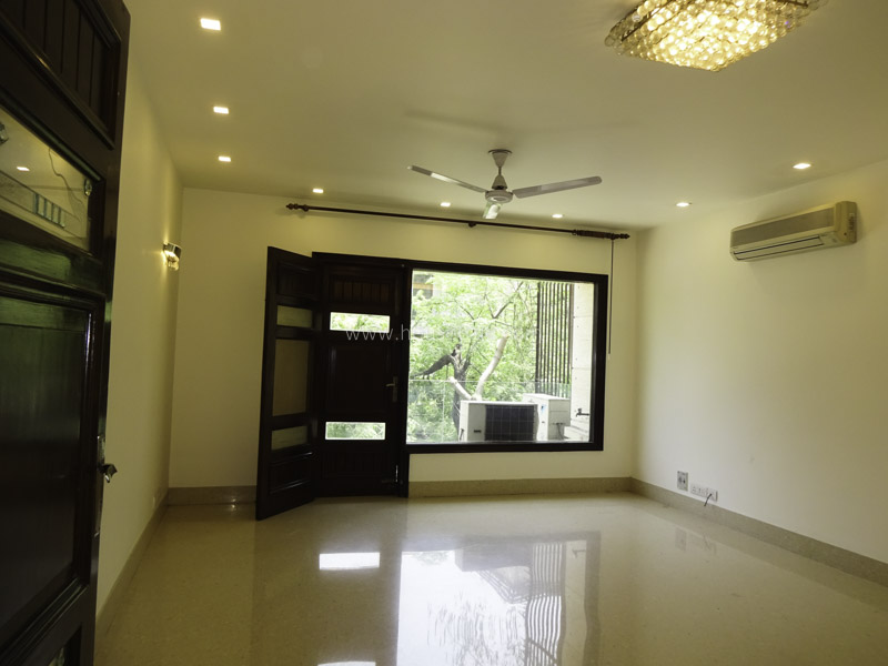 Unfurnished-Apartment-West-End-Colony-New-Delhi-24046