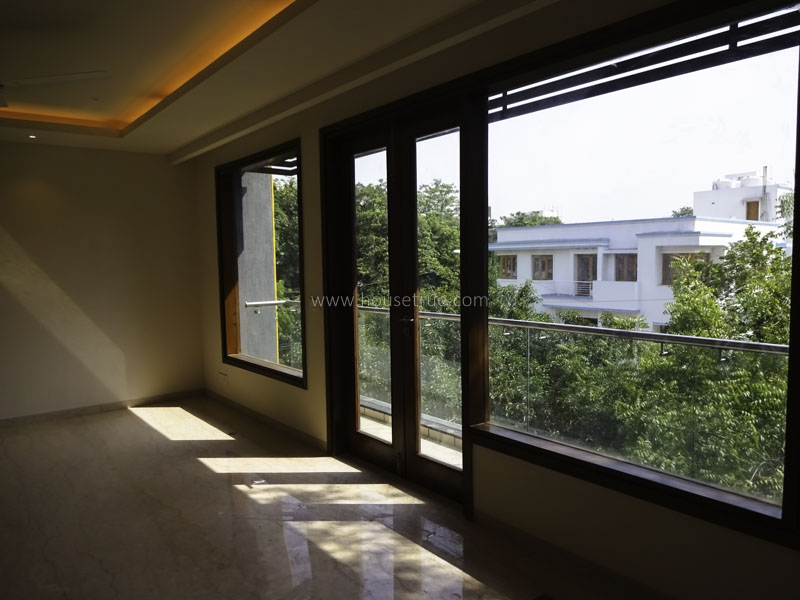 Unfurnished-Apartment-Uday-Park-New-Delhi-24099