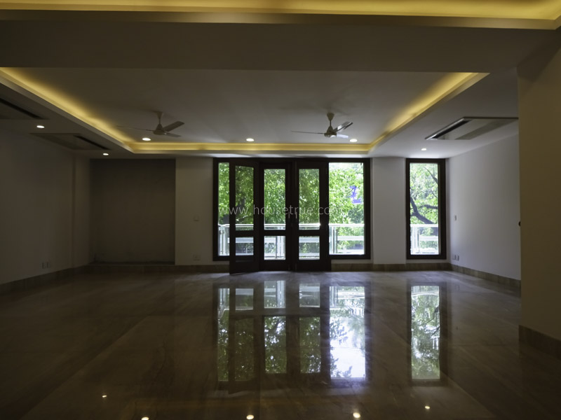 Partially Furnished-Apartment-Anand-Lok-New-Delhi-24103