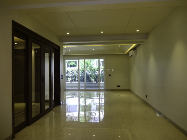 Unfurnished-Apartment-South-Extension-2-New-Delhi-24148