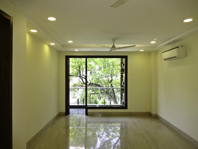 Unfurnished-Apartment-Safdarjung-Enclave-New-Delhi-24155