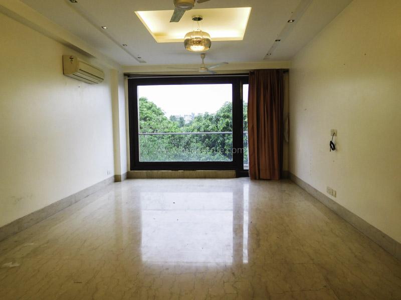 Unfurnished-Apartment-Hauz-Khas-Enclave-New-Delhi-24604