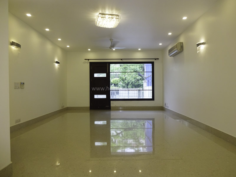 Unfurnished-Duplex-West-End-Colony-New-Delhi-24612