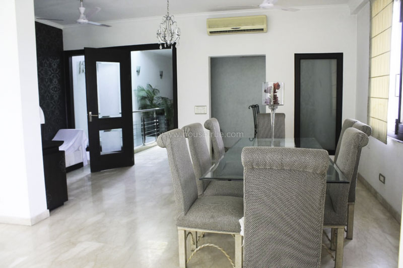 Unfurnished-House-Neeti-Bagh-New-Delhi-24658