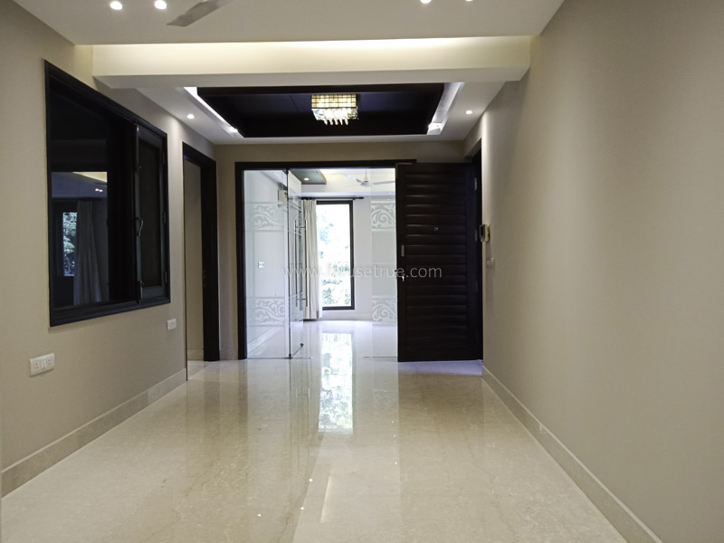 Unfurnished-Apartment-Safdarjung-Development-Area-New-Delhi-24840