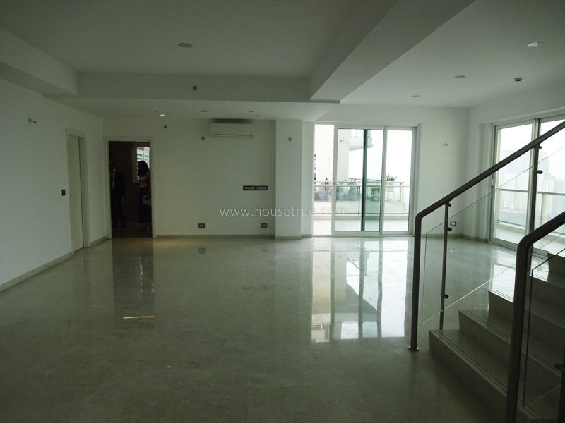 Partially Furnished-Pent House-Golf-Course-Road-Gurugram-25070