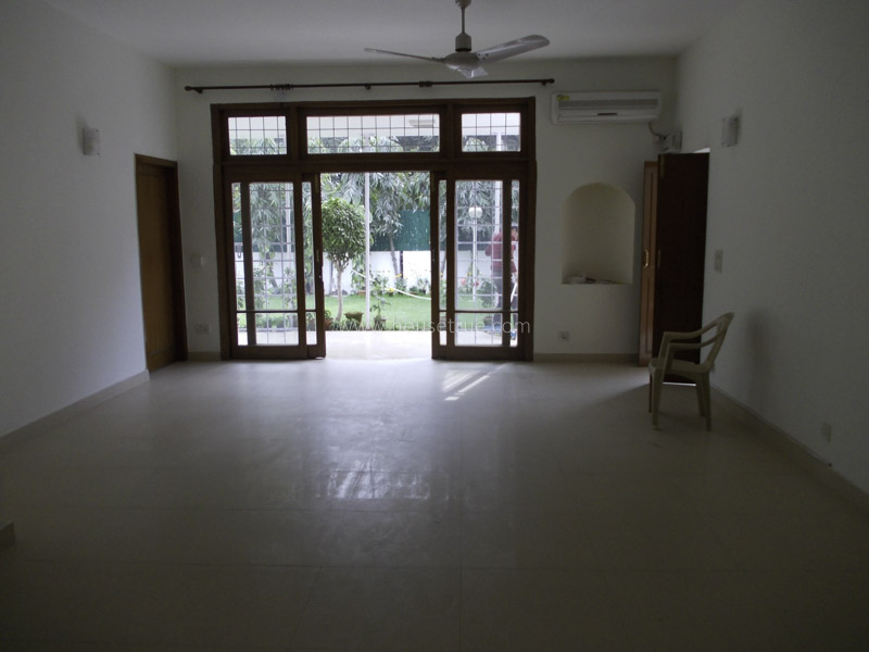 Unfurnished-Apartment-Jor-Bagh-New-Delhi-25523