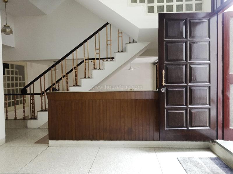 Unfurnished-House-Vasant-Vihar-New-Delhi-25756