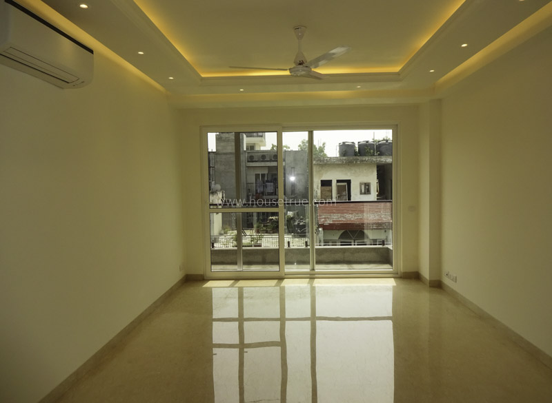 Unfurnished-Apartment-Safdarjung-Enclave-New-Delhi-25918