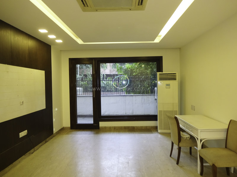 Unfurnished-Duplex-Defence-Colony-New-Delhi-26001
