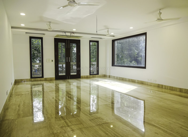 Unfurnished-Duplex-Panchsheel-Park-New-Delhi-26064