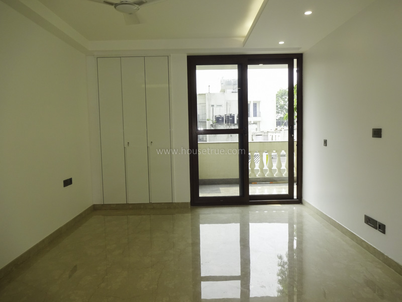 Unfurnished-Apartment-Defence-Colony-New-Delhi-26069
